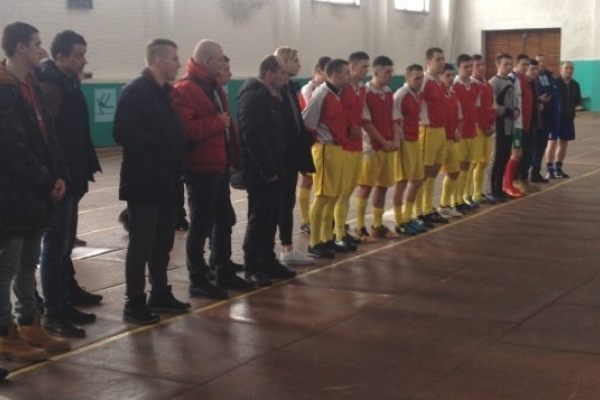 Кубок з міні-футболу поїхав у Млинівську громаду (Фото)