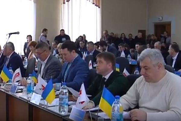 Депутати Рівнеради відправили три ЖКП у «вільне плавання» (Відео)