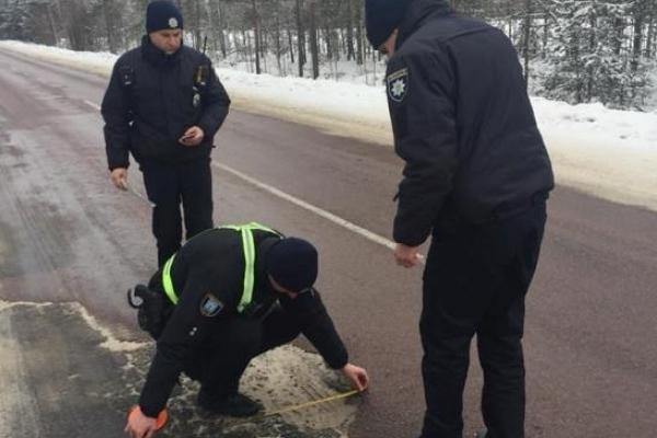 Водій подав позов до суду до Служби автомобільних доріг та до поліцейських