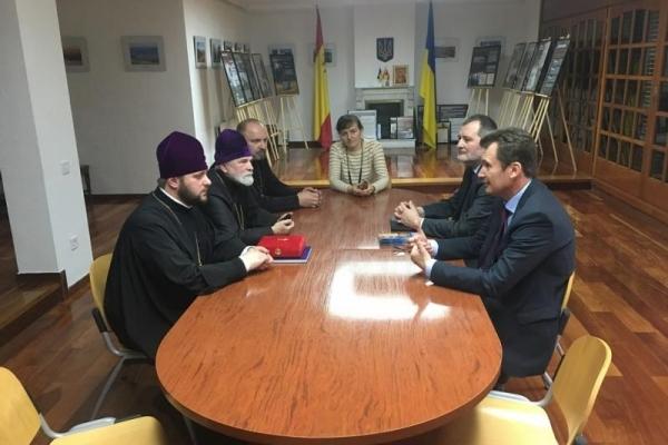 Архієпископ Рівненський і Острозький Іларіон у Мадриді зустрівся з послом України в Іспанії