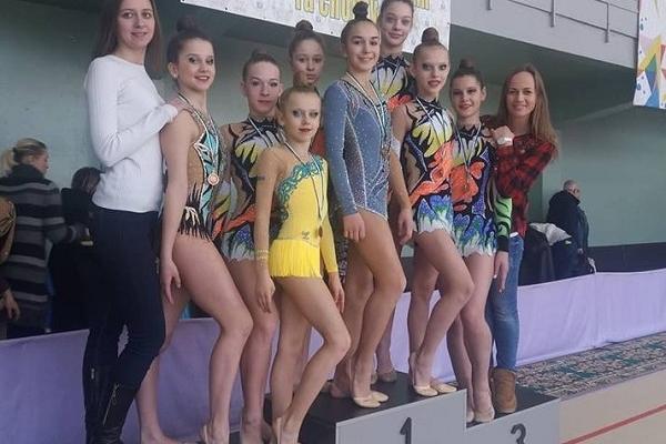 Рівненські гімнастки вибороли бронзу на всеукраїнських змаганнях (Фото)