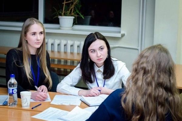 Острозькі юристки представлятимуть Україну на міжнародних змаганнях (Фото)