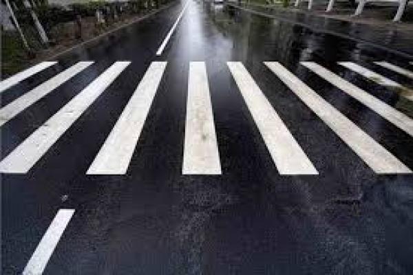 Рівнянин просить зменшити кількість пішохідних переходів