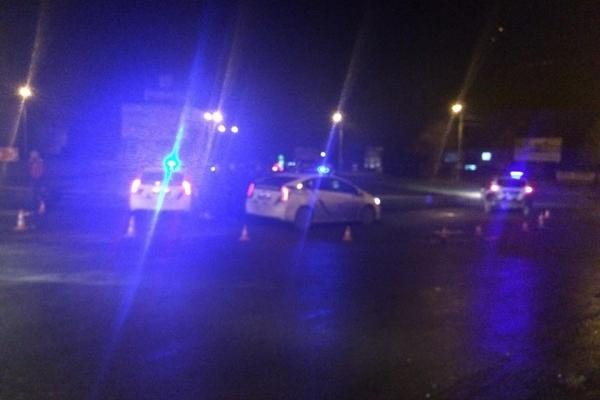Рівненські поліцейські влаштували погоню за «BMW» та знайшли бурштин (Фото, відео)