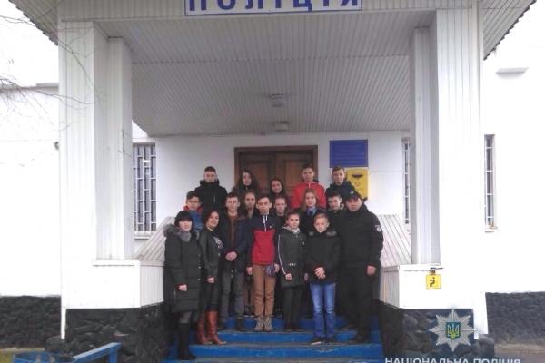 На Рівненщині учні проінспектували роботу поліції