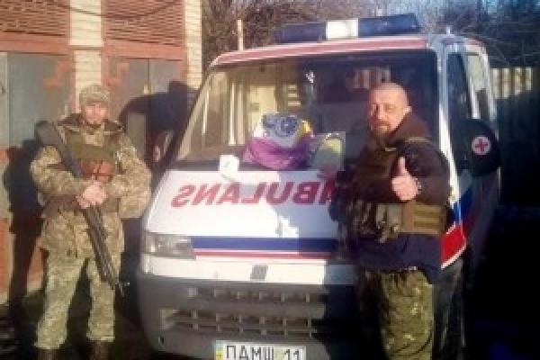 Рівненські благодійники з Руху «Справедливість» продовжують опікуватися автівкою, яку передали на передову (Фото)