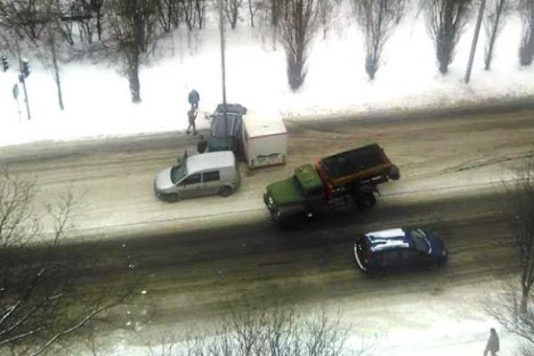 У Рівному на вулиці Макарова ДТП (Фото)