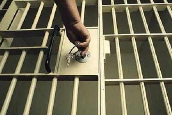 Підозрюваного, який  в одному з готельних комплексів Рівного ножем поранив рівнянина, взяли під варту