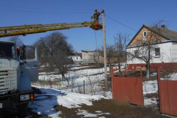 На Кореччині змінюють лінії електропередач (Фото)