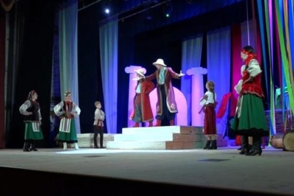 Як Рівненський народний молодіжний театр відзначив 50-річчя (Відео)
