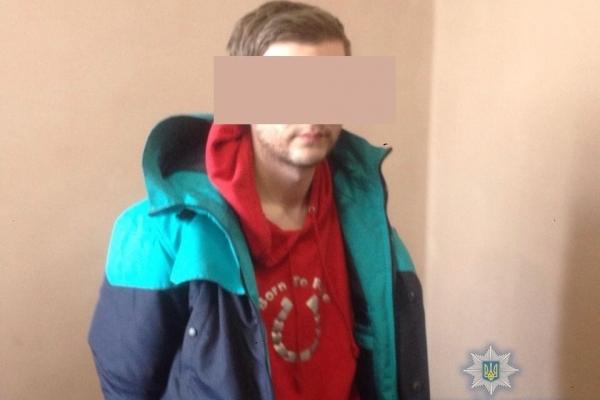Поліцейські затримали молодика, причетного до подвійного вбивства у Володимирці (Фото)