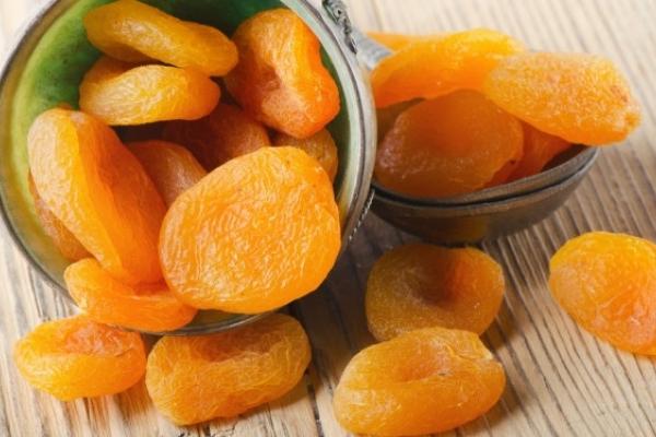 Рівнянам на замітку: як обрати засушені фрукти та плоди і не отруїтися?