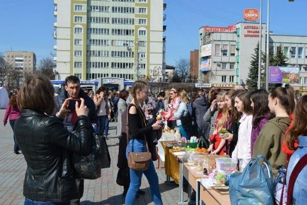 У Рівному школярі зібрали друзям на лікування близько 140 тисяч гривень (Фото)