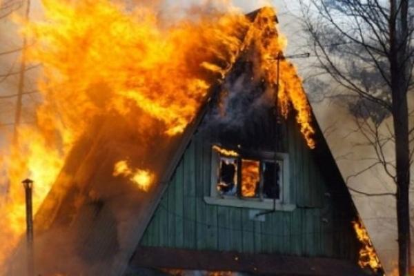 На Володимиреччині горіла дача