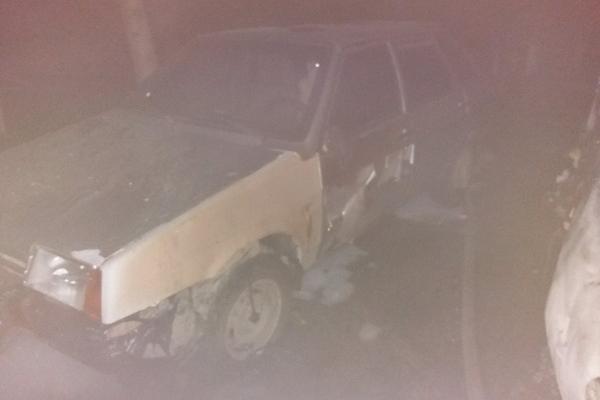 На трасі «Київ-Чоп» палало авто (Фото)