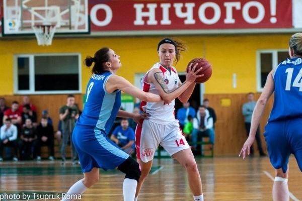 Жіноча команда БК «Рівне»  виграла третій матч «бронзової серії»  баскетбольної Суперліги