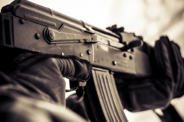 На Рівненщині до відділення поліції прийшов чоловік, який імовірно стріляв у дитину