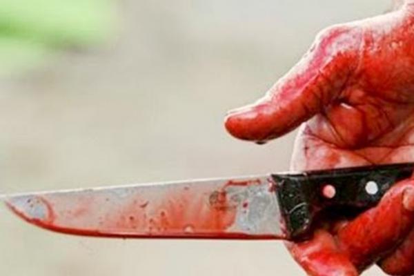 У Рівненську лікарню доставили маленьку дитину з ножовими пораненнями