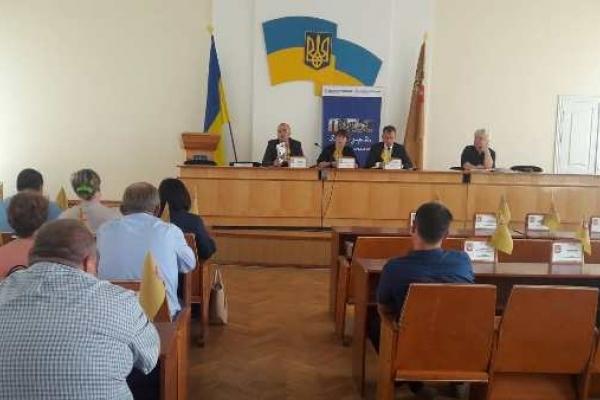 В Острозі розпочалися жваві обговорення щодо децентралізації