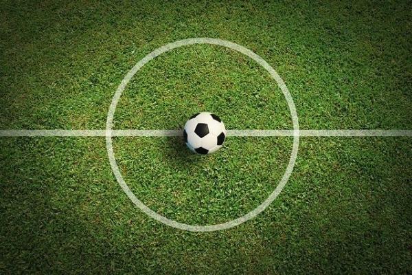 У футбольному матчі зійдуться командами Рівненської єпархії УПЦ КП та міської ради