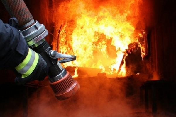 Цієї ночі на пожежі постраждала людина