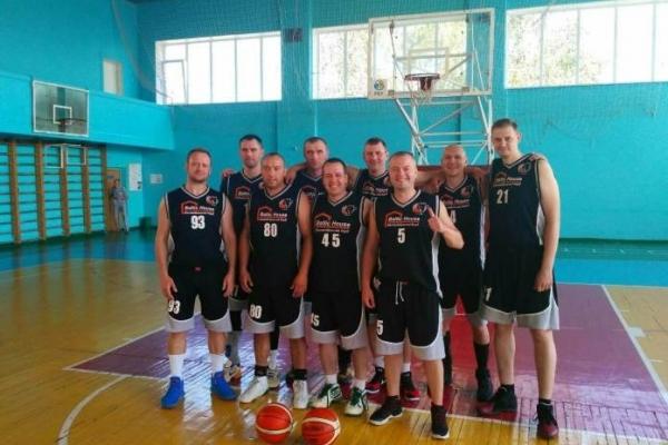 Рівненські баскетболісти грають у Чемпіонаті України