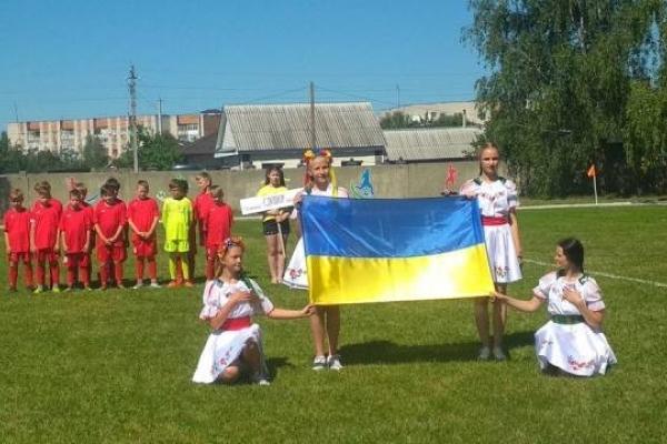 У Дубровиці українці спільно з білорусами відкрили «народний» стадіон (Фото)