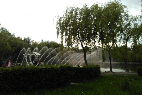 Аераційний фонтан невдовзі запрацює на Набережній у Рівному (Фото)