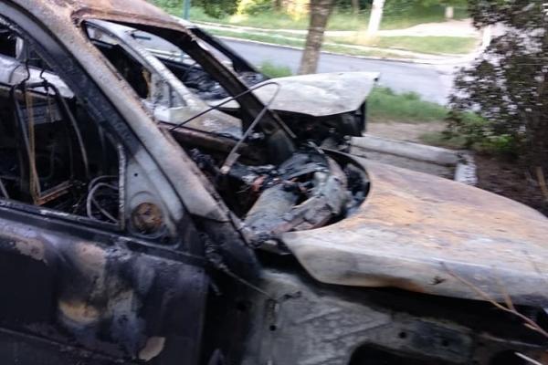 Вночі спалили авто Роману Ковалю (Фото)