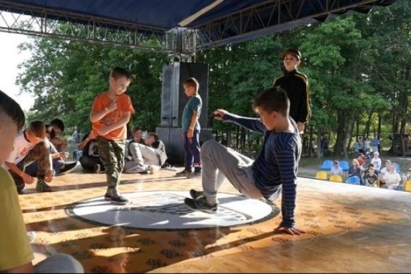 На Рівненщині відбувся Перший регіональний чемпіонат із брейк-дансу «Bimba battle»