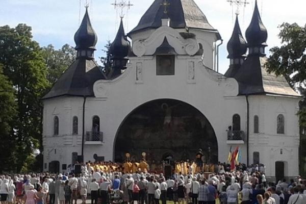 У Берестечку вшанували героїв (Фоторепортаж)