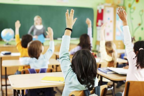 Оцінювання учнів перших класів по-новому практикуватимуть і на Рівненщині