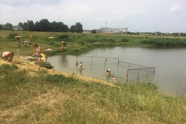 На Рівненщині рятувальники провели профілактичний рейд в місцях масового відпочинку людей на воді (ФОТО)