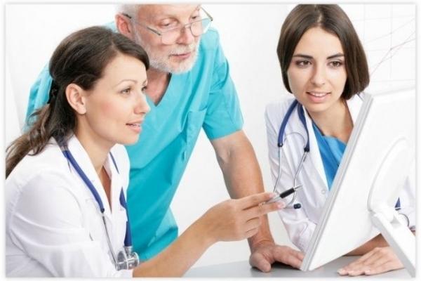 Чи будуть ліцензувати рівненських лікарів?