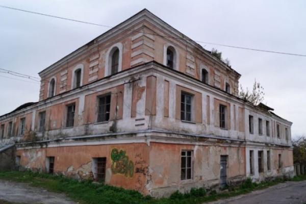 У Дубні дадуть нове життя синагозі. Реставруватимуть і Луцьку браму