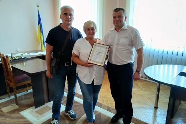На Рівненщині нагородили подружжя медиків-добровольців