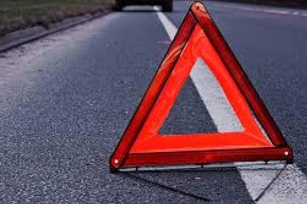 В Острозькому районі від зіткнення з легковиком постраждала неповнолітня водійка скутера