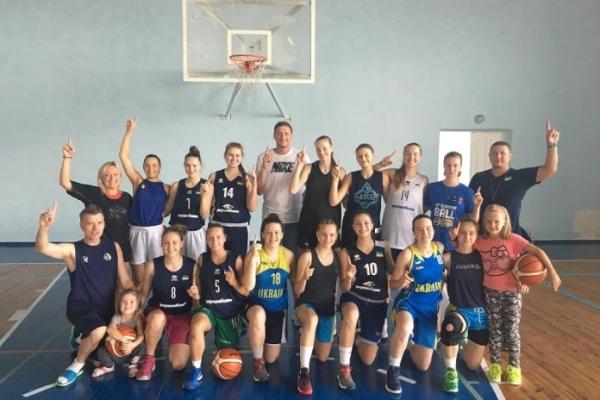 Рівненські спортсменки проходять тренувальні збори в збірній України