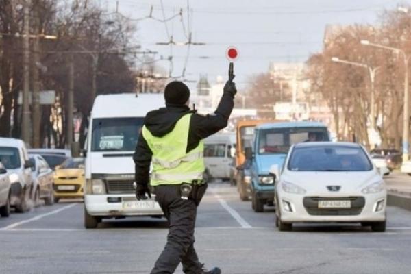 На Рівненщині дороги області патрулюватимуть у посиленому режимі