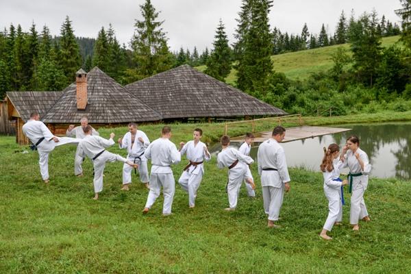 Команди  каратистів Клубу