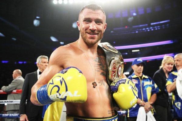 Українського спортсмена втретє визнали найкращим боксером світу