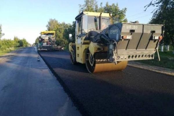 На Рівненщині ремонтують 18 кілометрів міжнародної траси