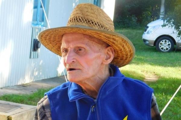 97-річний Володимир Людвічук – поліглот із Калинівки, що на Демидівщині