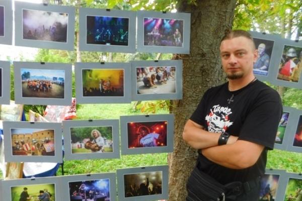 Фотомитець із Млинівщини продає світлини, щоб врятувати Катерину Свириду з Дубно