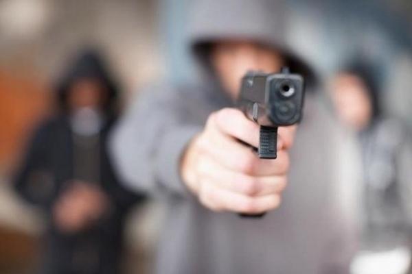 Стрілянина у Рівному: одна особа у лікарні