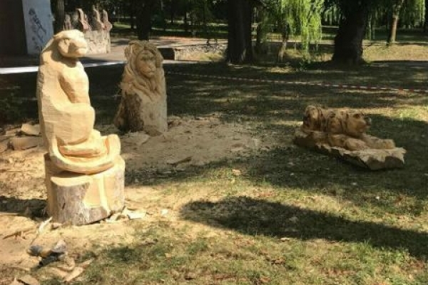 У Рівному є своя алея скульптур