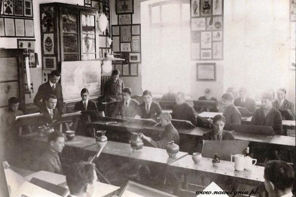 Як жили студенти найстарішої української академії в Острозі? (Фото)