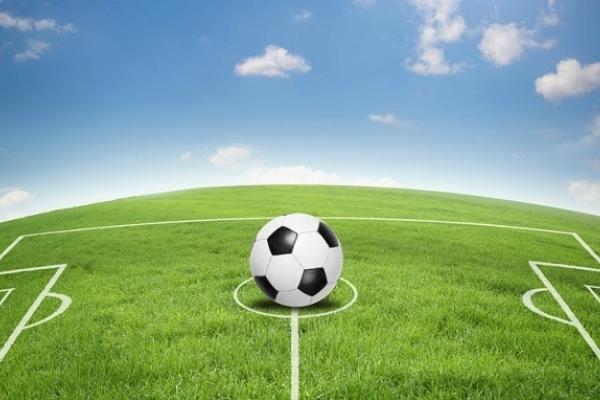 Священики знову зійдуться у футбольному матчі проти депутатів