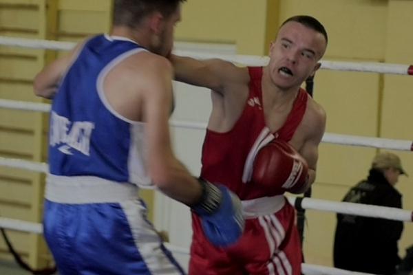 Рівненський боксер здобув бронзу Чемпіонату України