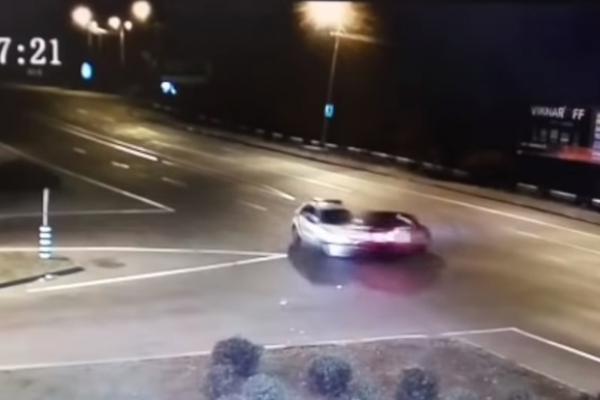 У Рівному на перехресті вулиць Дубенська-Макарова сталася ДТП (Фото, відео)